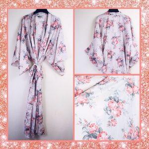 California Dynasty Vintage Floral Kimono Robe Gown